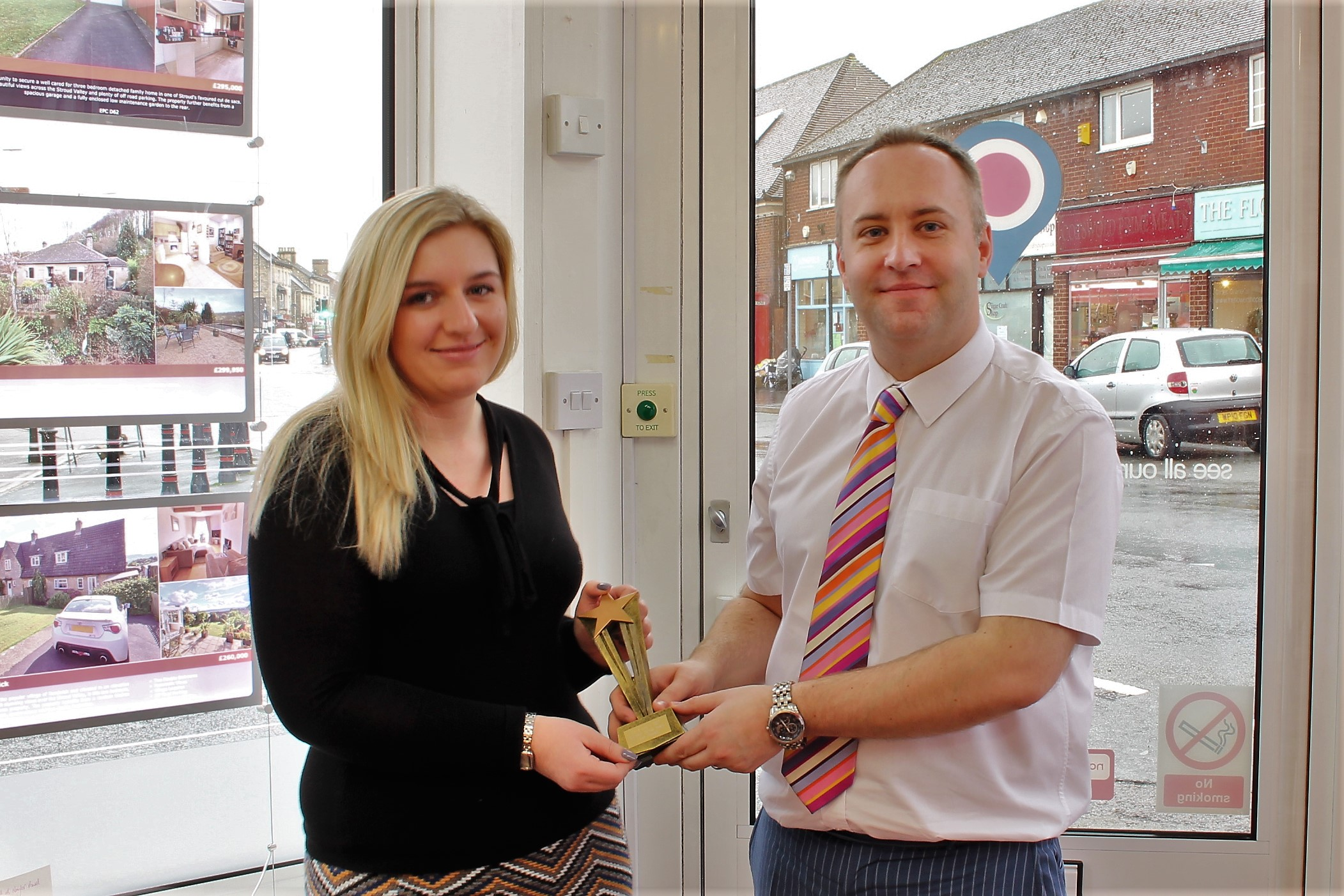 Stonehouse win customer service awards